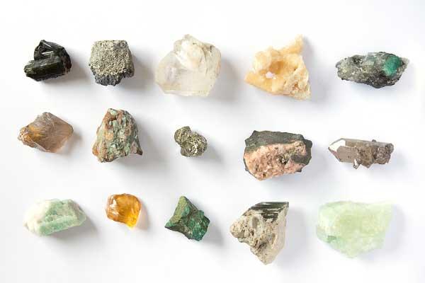 سنگ معدنی آراگونیت