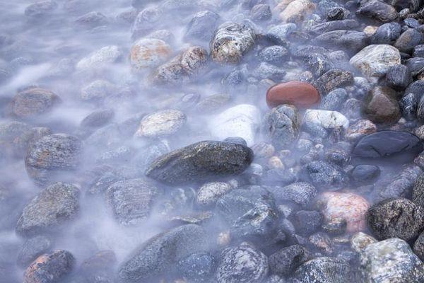 کاربرد پوکه معدنی در حذف یون های سنگین آب
